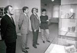 Raesfelder Gemeindespitze zu Besuch im Museum; BM R. Kipp, Gemeindedirektor U. Rösing, W. Stegemann, Frau Honvehlmann (v. l.)