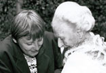 Bundesministerin A. Merkel überreicht das Bundesverdienstkreuz 1994